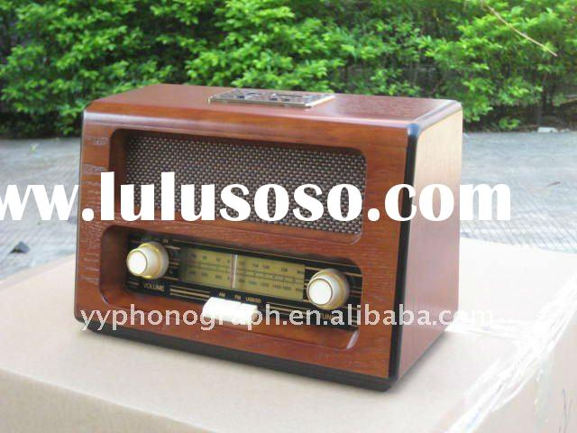 Portable Classic / Turntable Player / Classic Wooden Radio R-061
