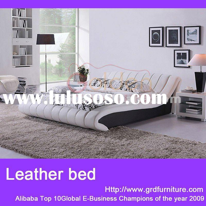 2012 latest modern nice and durable white luxury faux leather bed G882#