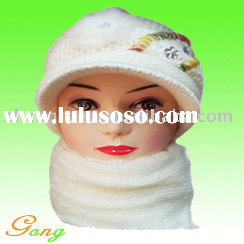 Lady fashion knitted hat with scarf