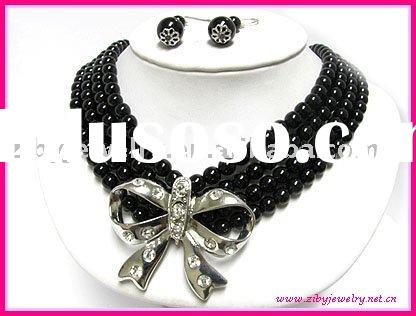 Costume Jewelry Crystal stud bow pendant 4 line pearl necklace earring set