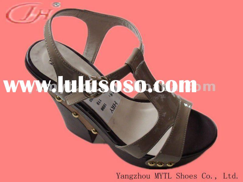 NEW STYLE and LOW PRICE leather thick high heel women shoes fashion sandals 2012