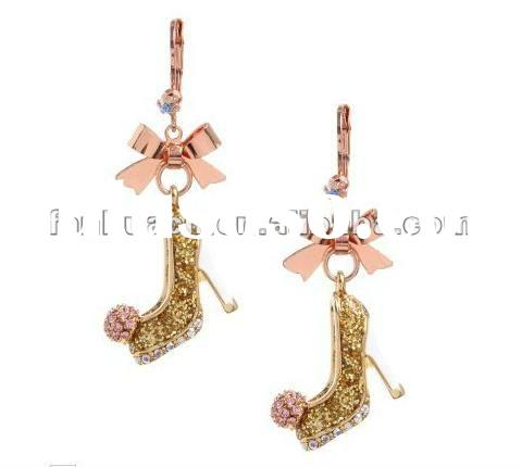 New style lovely diamond high-heeled shoe design jhumka earrings