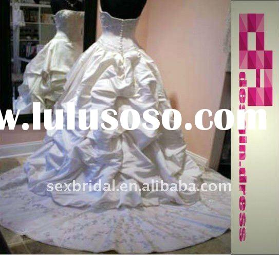 hot fashion special white beads embroidery strapless stock size real sample satin wedding dress DC-B