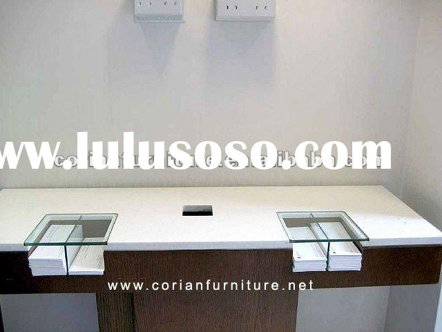 OF-015 Wood and Corian Acrylic solid surface bank counter design