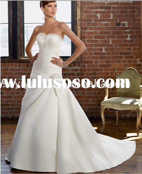ruffled sweetheart neckline Wedding Dress/ wedding gown GG-104 with removable trains