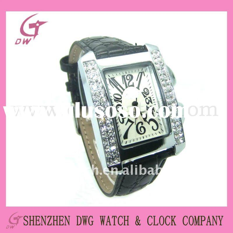 New quartz leather watch with square case and crystal | DWG--L0050