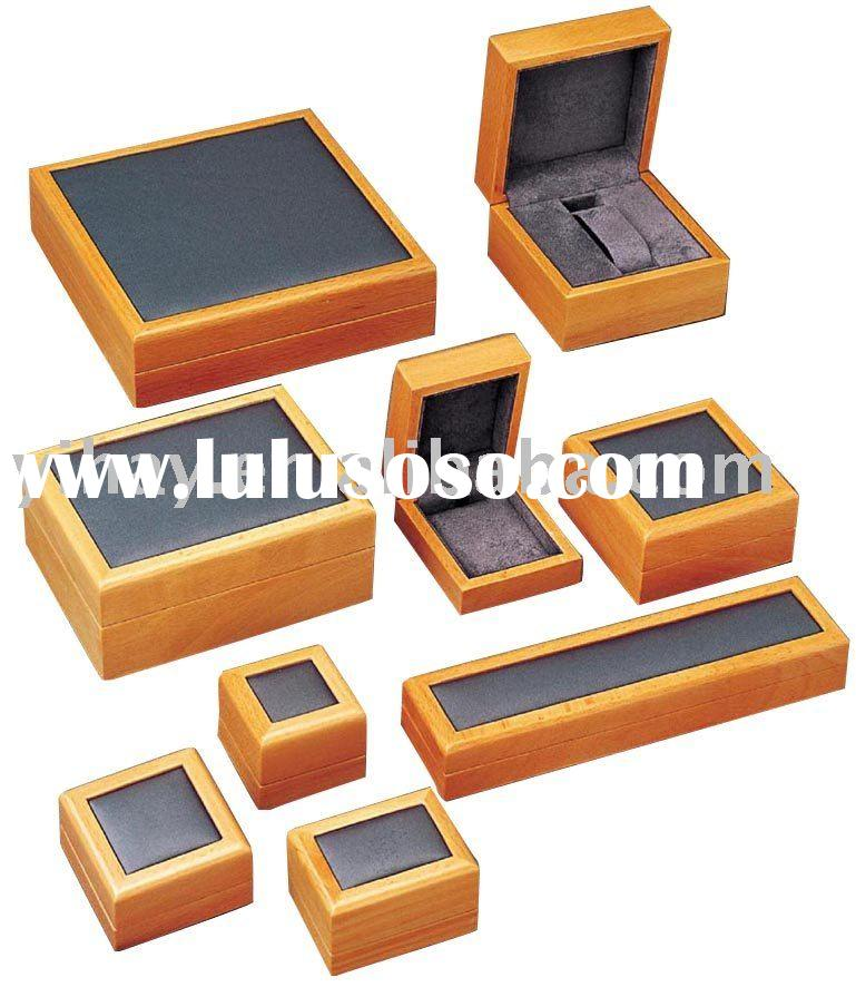 Elegant Wooden Jewelry Gift Box With Flocking
