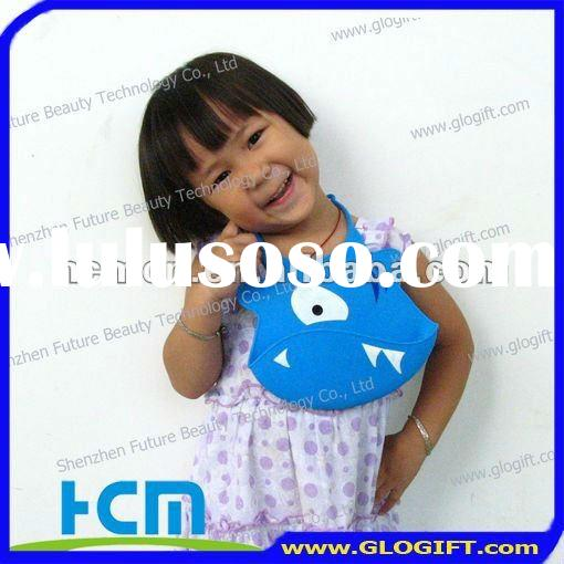 2012 hottest selling item silicone baby bibs
