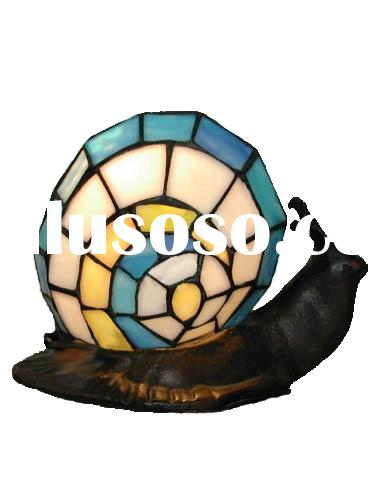 tiffany table and colorful stained glass art lamps