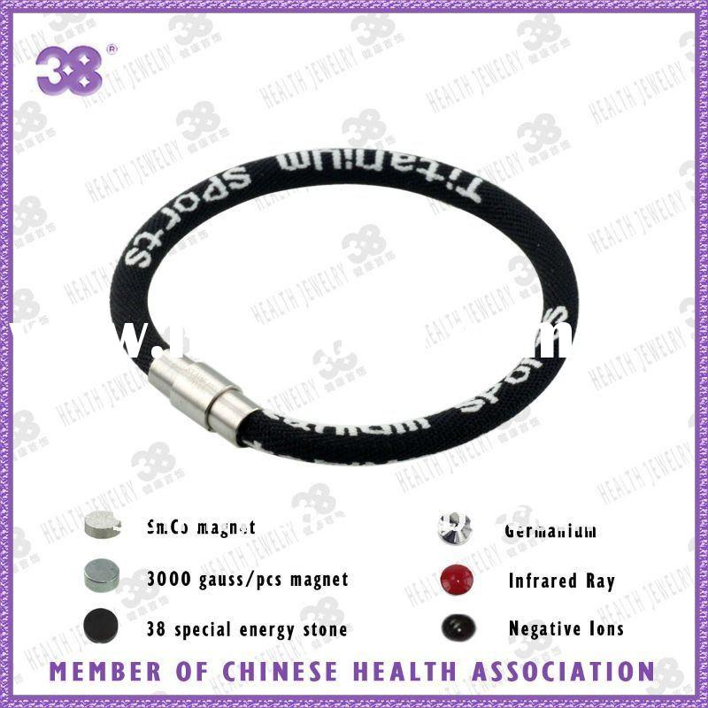 Fashion hot colorful silicone rubber bracelet with magnetic lock