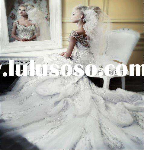 Exotic Design White Cap-Sleeves Heavy Beaded Layered Feathered Wedding Gowns for Muslim Brides2012