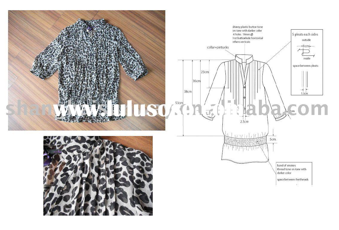 ladies long sleeve printed blouse with chest pleats