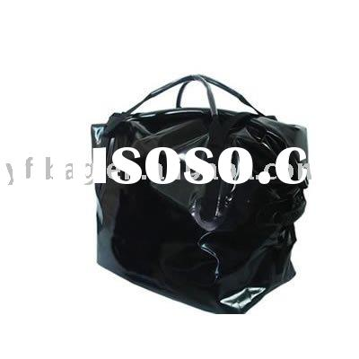 duffel bag keep the water our and use waterproof camping,outdoor sports