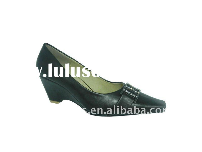 Hot selling lady pump shoes 2012 new style