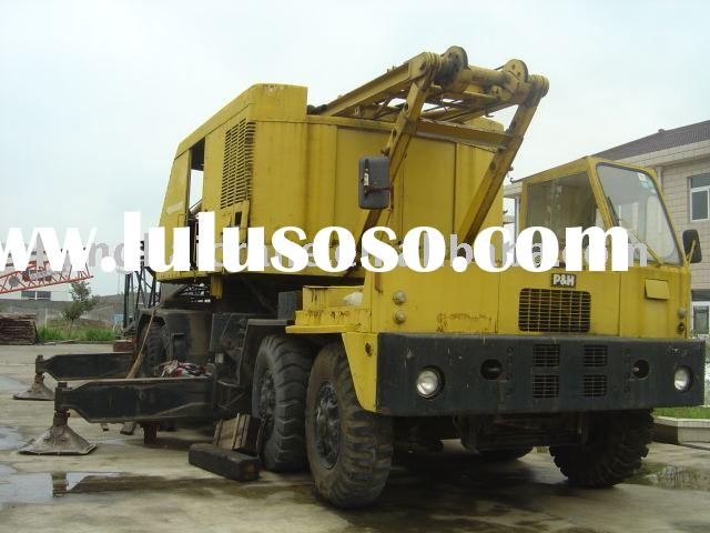 used KOBELCO P&H 9125 tc 125 ton Lattice Boom truck crane, in quite good working condition