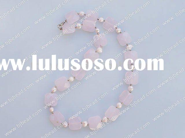 cute pearl rose quartz necklace with lobster clasp