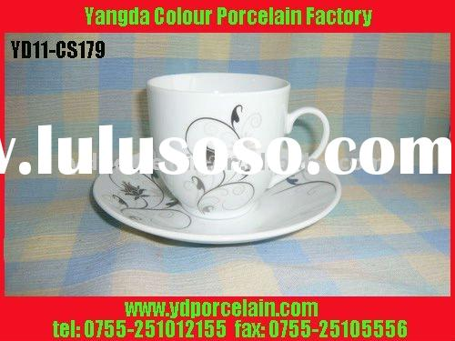 Ceramic / Porcelain cup and saucer