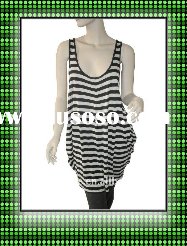 Ladies` knitted loose stripe long length tank top