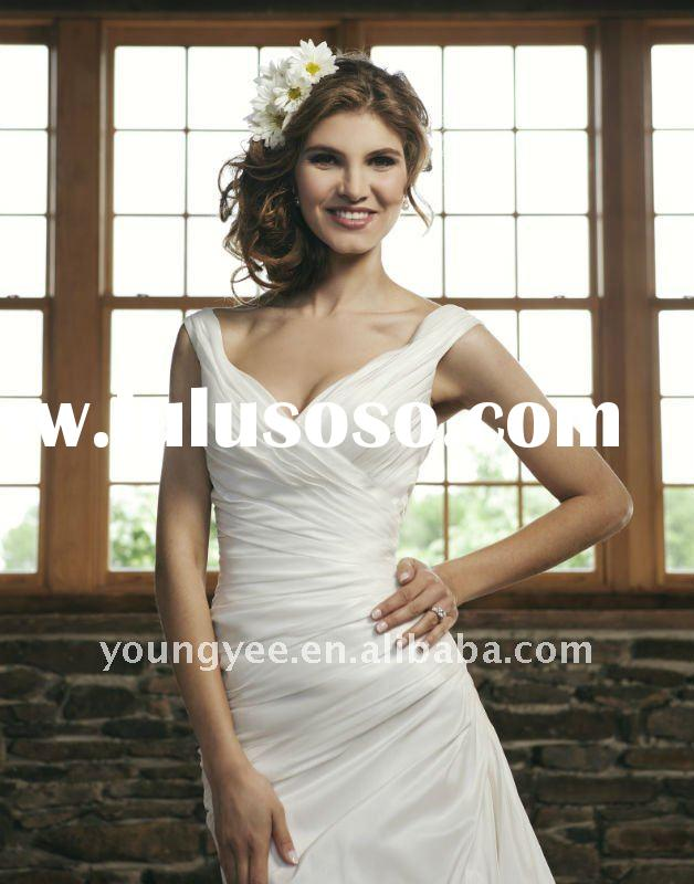 2012 designer discount satin a line halter v neckline wedding dress pleated wedding evening dress(WD