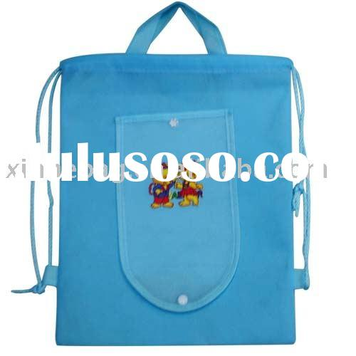 Nonwoven foldable bag