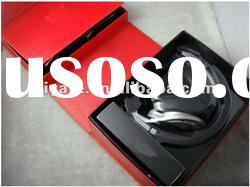 2012 best gift products Pro headphone&earphone with factory box,with black and white color(OEM)