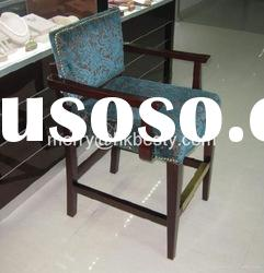 Jewelry chair for jewelry retail store