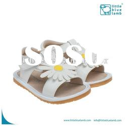 2012 Super summber sandals infant squeaky baby shoes white SQ-B41004-WH