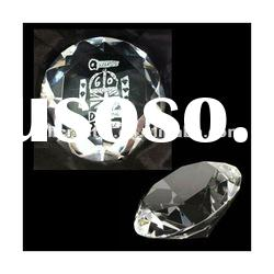 CRYSTAL GLASS ENGRAVED DIAMOND SHAPED PAPERWEIGHT MH-9247