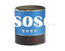 Mini mp3 speaker with USB slot