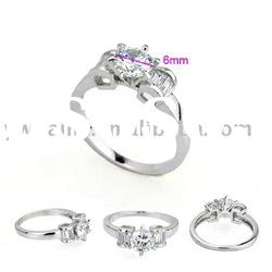 fashion platinum plated ring with alloy and zircon material 190558