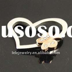 fashion stainless steel heart pendant designs with butterfly popular in Europe and America