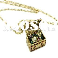 2012 hot selling jewelry box alloy pendant necklace