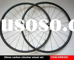 20mm deep carbon wheels clincher with black spoke