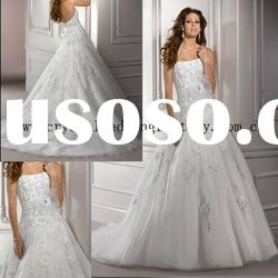 2012 strapless beaded appliqued lace A-line chapel train bridal wedding dress CWFaw3920