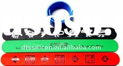 2011 lovely silicone rubber snap bracelet for gift
