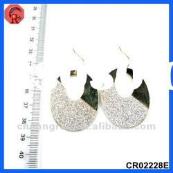 2012 newest design factory price old fashion earrings