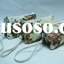 2012 hot sale designer high quality hanger cosmetic bag