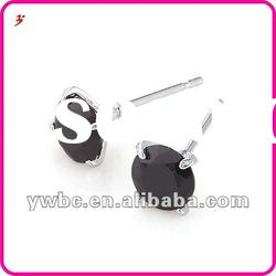 mini graceful black zircon brass stud earrings (E630708)