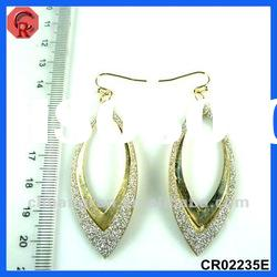 2012 newest design factory price long hanging earrings