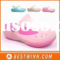 comfortable cool transparent clogs with injection sole