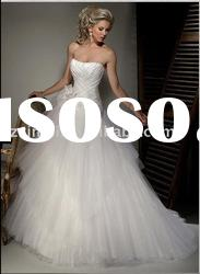 Elegant Strapless Ball Gown Chapel Train with Tulle Wedding Dress FW11-1383
