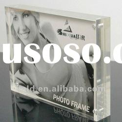 clear acrylic magnetic photo frame