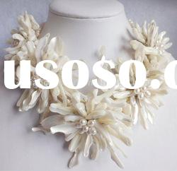 Amazing ivory shell chrysanthemum necklace wedding jewelry party necklace holiday gift