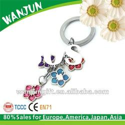 Cheap promotional gift metal flower keychain