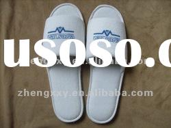 Cheap terry cloth hotel bedroom slippers with logo hotel slipper