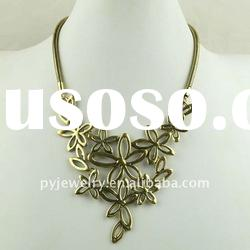 (EX$1.76/pcs) Fashion Flower necklace gold jewelry 2012