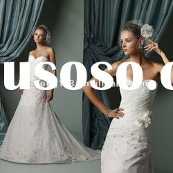 New Arrival Sweetheart Lace Appliqued Beaded A-line Wedding Dress