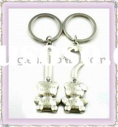 Metal alloy lover keychain fashion cartoon keyring with animal style