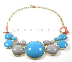 blue color resin bead necklace