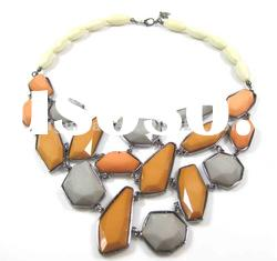 gray color resin bead necklace